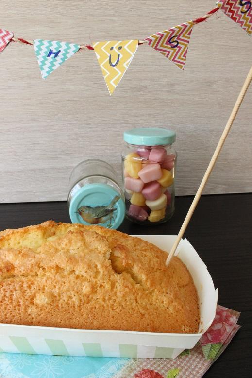 Irgendwie sieht es auf dem Foto so aus, als wäre ein Riesenloch im Kuchen, da war aber gar keins. Sehr mysteriös.