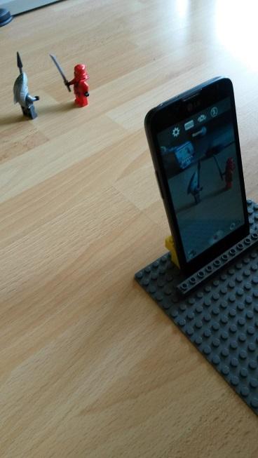 Mit dem kleinen Herrn Masulzke einen Lego Stop-motion-Film auf dem Handy erstellt
